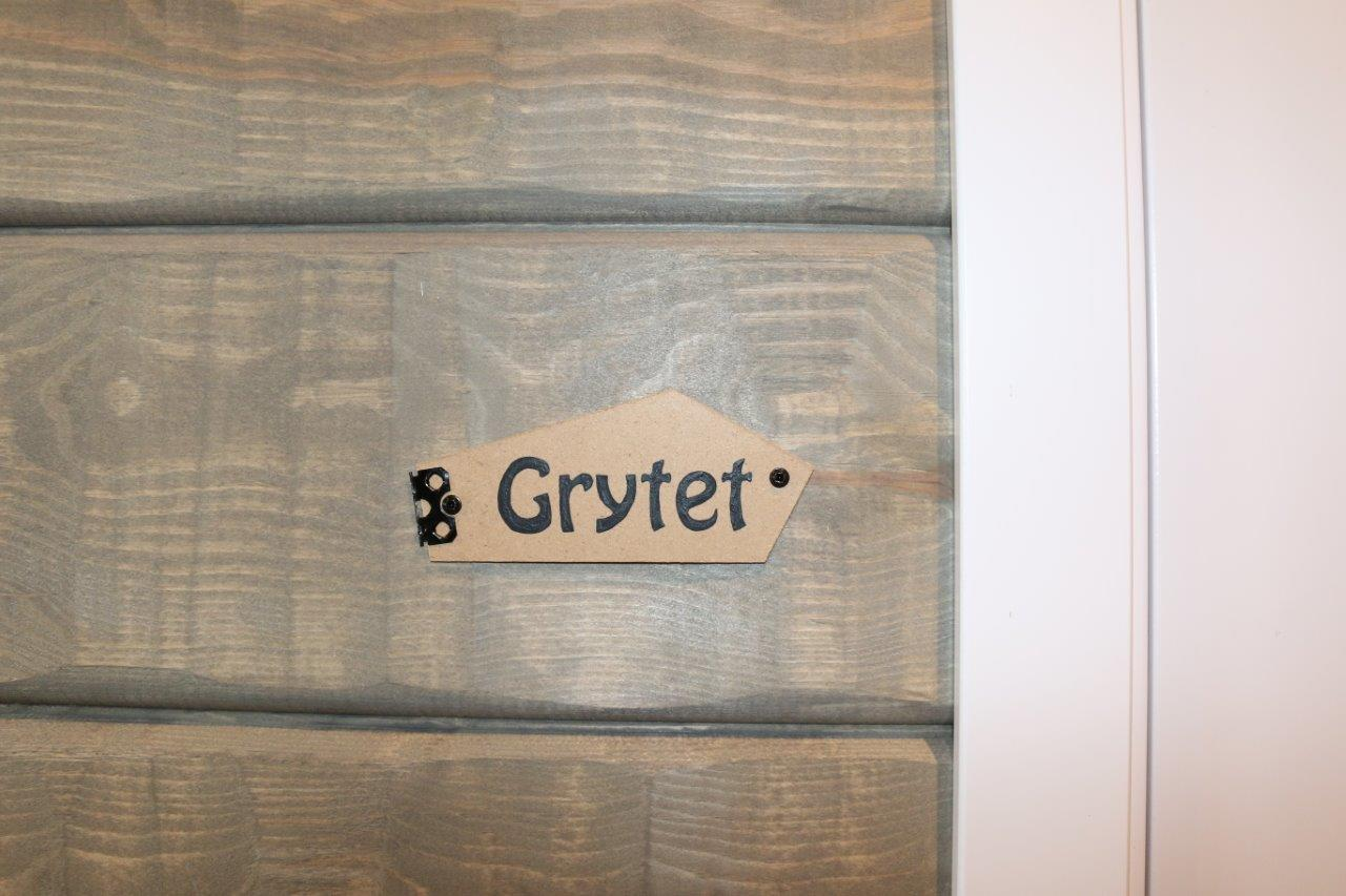 bedroom grytet sign